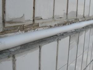 Промерзает стена и углы в квартире